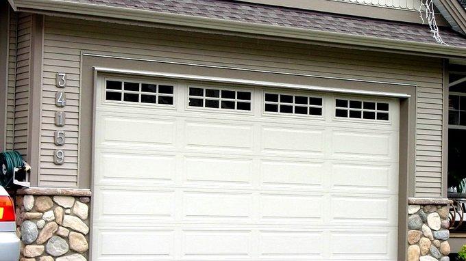 Garage door options aluminum windows vinyl windows for Therma door garage insulation